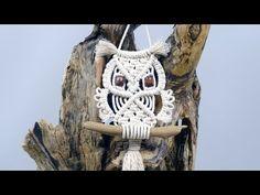 Macrame Owl Wall Hanging Tutorial For Beginners & Beyond - YouTube Macrame Owl, Macrame Knots, Owl Patterns, Macrame Patterns, Macrame Jewelry Tutorial, Macrame Necklace, Bracelet Tutorial, Owl Keychain, Macrame Wall Hanging Diy