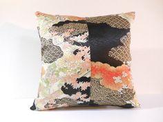 Etsy のJapanese Kimono Pillow | 201 | decorative pillow | 16x16 |,accent pillows,throw pillows,sofa pillows,couch pillows,throw,designer pillows(ショップ名:KyotoZakka)