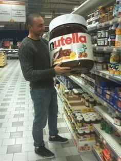 #OMG YES!! #giant #nutella  I'll take two!