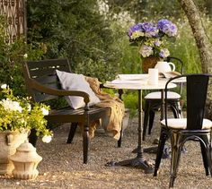 love this outdoor space from pottery barn