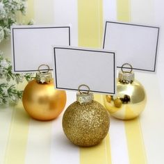 Our gold bauble place card holders are perfect for a Yuletide wedding - or even round the dinner table on Christmas Day!