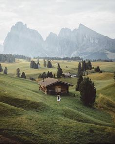 Seiser Alm / Alpe di Siusi by Alexandra Taylor, travelphoto, travelling, vacation Landscape Photography, Nature Photography, Travel Photography, Places To Travel, Places To See, Travel Destinations, Belleza Natural, Adventure Is Out There, Beautiful Landscapes