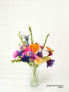 Ramo flores de colores en papel