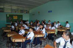 Dentro del aula de la escuela