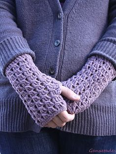 nice stitch used on these mitts