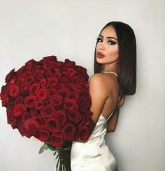 Wanna to find affordable but quality human hair wig? Shop your favorite Human Hair and Lace Wig at DIY Hairs with lowest price. Bob Lace Front Wigs, Instagram Girls, Disney Instagram, Instagram Roses, Rose Bouquet, Big Bouquet Of Flowers, Flowers Today, Send Flowers, Human Hair Wigs