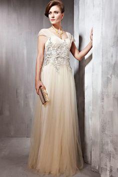 Krem Rengi Elbise