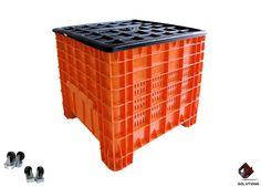 E4-3009 CONTENEDOR MEXICO CALADO  Fabricado en Polietileno Alta Densidad, no toxico y con grado alimenticio. Tipo de empaque: Apilable. Forma de estiba: Apilables. Dimensiones: 80 cm. x 80 cm. x 80 cm. Capacidad de Carga Litros: 270 Lts. Capacidad de Carga Kilos: 300 Kg. Capacidad de estiba: 1125 Kg. Peso: 15.8 Kg. Colores: Naranja y Azul.