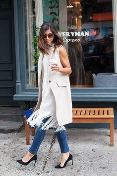 When we're looking for amazing office-style inspiration, we can usually find just the look we want from Krystal Bick of This Time Tomorrow. She is a master at making any 9-to-5 outfit feel fresh and [...]