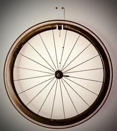 Cycle wall mount
