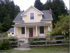 Ash Tree Cottage: Green Acres Syndrome