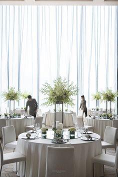 大连君悦酒店(官方高清摄影) Grand Hyatt Dalian - 马蹄网 Ballroom Design, Function Hall, Hotel Meeting, Cafe Concept, Hall Design, Hotel Interiors, Room Setup, Restaurant Design, Outdoor Furniture Sets