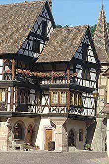 Kaysersberg. (La maison alsacienne)