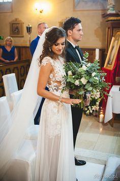Klip ślubny z romantyczna aurą od Movie Factory fotografia ślubna od DexLab.pl