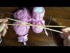 scarpine per neonata a maglia con treccia centrale (intro)