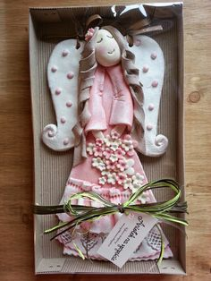 Christmas Clay, Christmas Ornament Crafts, Christmas Angels, Clay Crafts, Diy And Crafts, Arts And Crafts, Homemade Christmas Decorations, Play Clay, Fimo Clay