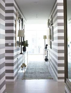 Amy-morris-portfolio-interiors-contemporary-hallway