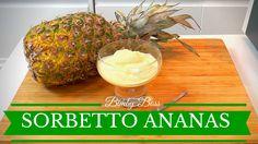 Niente è meglio di un buon Sorbetto all'Ananas Bimby per concludere una cena in bellezza. Il sorbetto di ananas è anche una deliziosa idea per gustare e far mangiare ai vostri figli della frutta fresca.