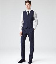 Reiss Garda Peak Lapel Three-Piece Suit in Blue for Men (DARK NAVY ...