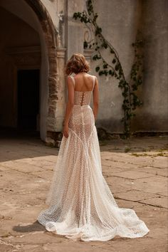 New Bridal Dresses, Best Wedding Dresses, Perfect Wedding Dress, Wedding Looks, Boho Wedding Dress, Bridal Gowns, Starry Night Wedding, Countryside Wedding, Vintage Bridal