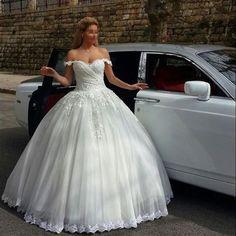 2016 Kathedrale Weiße Elfenbein Spitzen Brautkleider Hochzeitskleid Lange Zug