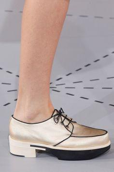Jil Sander Spring 2014 Ready-to-Wear Collection Slideshow on Style.com #flatform #gold #derby
