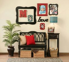 Entryway idea @Hobby Parent : Artist-Coach Parent lobby
