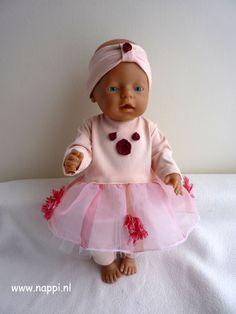 Zomerkleding / Baby Born 43 cm | Nappi.nl  Lief lentesetje, bestaande uit jurkje, hoofdband en legging, eigen ontwerp