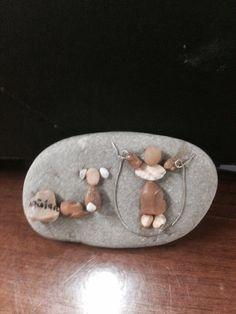 DIY Pebble art (gülen)