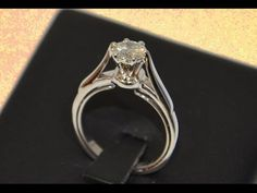Handmade gold solitaire engagement ring six prong- Anello con castone a sei griffe