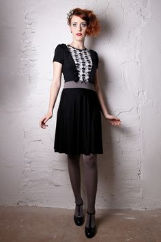 Kitty - Kleid mit Katzen *schwarz* von BERON auf DaWanda.com