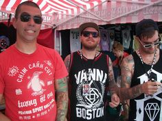 New Found Glory (Cyrus Bolooki, Steve Klein y Jordan Pundik).