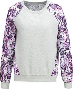 Sudadera gris mujer mangas con estampado floral colección otoño/invierno 2015,página 2 - Stileo.es
