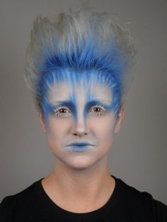 Blue hair at roots fade to gray? Fade into forehead with eyeshadow