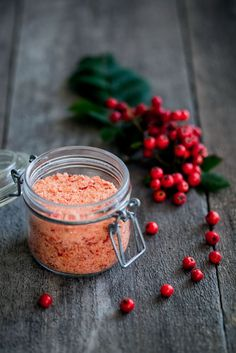 made by mary - rönnbärssalt | Rowanberry salt