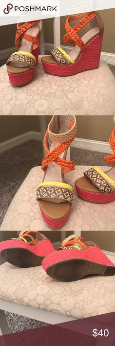 👡Aldo wedges👡 Pink orange and nude . Really pretty for summer super comfy and a statement piece Aldo Shoes Wedges