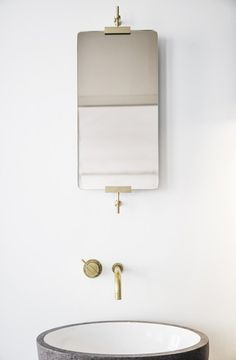 Handmade wall mounted mirror from the hands of Københavns Møbelsnedkeri (Copenhagen Joinery) #bathroom