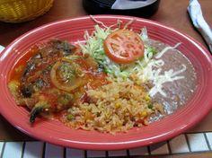 Chile rellenos plate at Los Laureles.