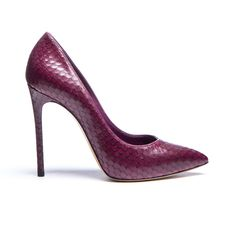 Pointed toe pump in grape lasered leather snakeskin effect. Stiletto leather covered heel. 3.9 inches with a 0.4 inches concealed plateau. Made in Italy.