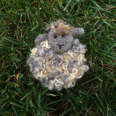 Needle Felted Sheep pin. FibreCraft.ca Fiber Art Jewelry, Jewelry Art, Needle Felting, Sheep, Teddy Bear, Animals, Wool, Animales, Animaux