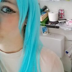 Creepin on ya. // No I didn't sat on the toilet. #lmao #toilet #toiletpaper #paper #papermagazine #bluewig #bluehairdontcare #cosplay #cosplaymakeup #animegirl #animegirlbluehair #manga #yaoi #Yuri #hentai #Tokyo #faaaaab #fabulous