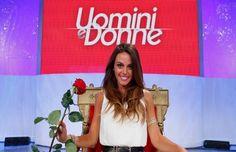 """""""Uomini e Donne"""": Silvia, il bacio appassionato e la confessione di Amedeo. http://www.sologossip.com/2015/10/09/uomini-e-donne-silvia-il-bacio-appassionato-e-la-confessione-di-amedeo/"""