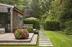 Edmund Hollander Landscape Architects | Shady Lane | Garden Gate + Hedge