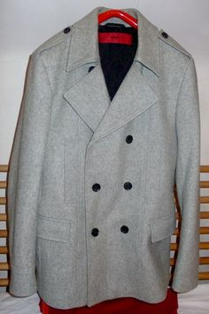 45cf818b083 Maison de ventes aux enchères en ligne Catawiki  Hugo Boss - manteau caban