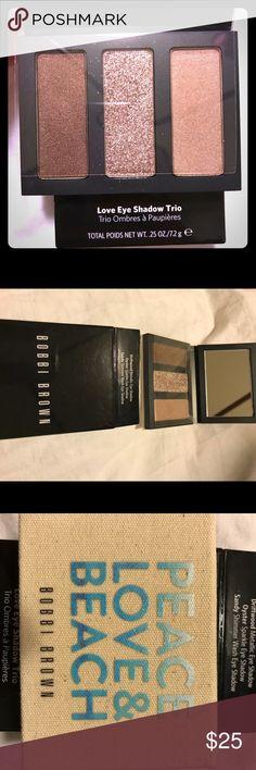 New, unused and in the box Bobbi Brown eyeshadow Eyeshadow trio in cute magnetic case. Bobbi Brown Makeup Eyeshadow