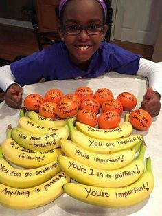 I love the idea of writing positive messages on fruits, such as bananas and oranges! This would be a simple way to provide my students with brain food and an encouraging message, especially right before a test. Volleyball Snacks, Baseball Snacks, Volleyball Team, Cheerleading, Football Treats, Braves Baseball, Basketball, Softball Mom, Hockey