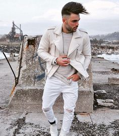 White style . Yes or no? . . . . mensstyle.co #menswear #mensfashion #menstyle #mensstyle #ootdmen #collection #photography #creativeconcept #pink #inspiration #instafashion #londonfashion #fashionillustration #illustration #trendyclothes #fashion #swag #style #stylish #ootd #dapper #swagger #men #photooftheday #loafer #luxury #velvetslippers #mensshoe #slippers #mensfashionpost