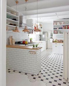 """ถูกใจ 7,111 คน, ความคิดเห็น 24 รายการ - NORDIK SPACE (@nordikspace) บน Instagram: """"So white and bright. via @unknown #scandinavian #interior #kitchen #simplicity #whiteliving"""""""