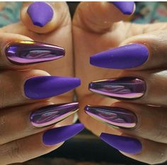 Pin af zariya ali på nails i 2019 chrome nails, purple nails Accent Nails, Fancy Nails, Trendy Nails, Stylish Nails, Matte Nails, Diy Nails, Purple Chrome Nails, Neon Purple Nails, Violet Nails