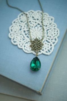 Victorian Inspired Emerald Green Pear Necklace. by Marolsha